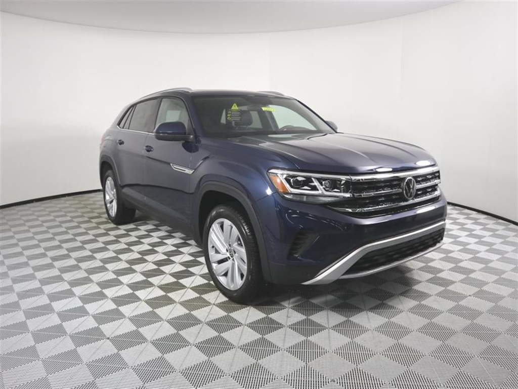 New 2020 Volkswagen Atlas Cross Sport 2.0T SE W/TECH